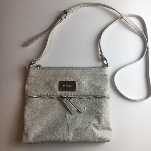 Nine West Handbags - Nine West Crossbody